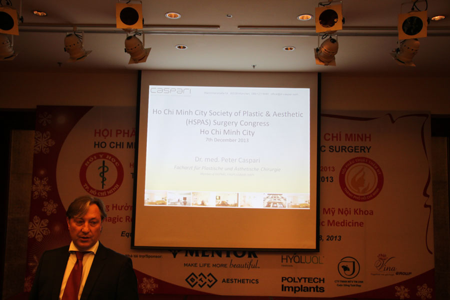 Lecture in the National Congress of the Plastic Surgery of Vietnam